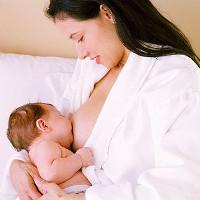 Sữa mẹ sau khi vắt bảo quản như thế nào mới đúng