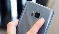 Cách dùng cảm biến vân tay Galaxy S8 điều hướng thanh thông báo