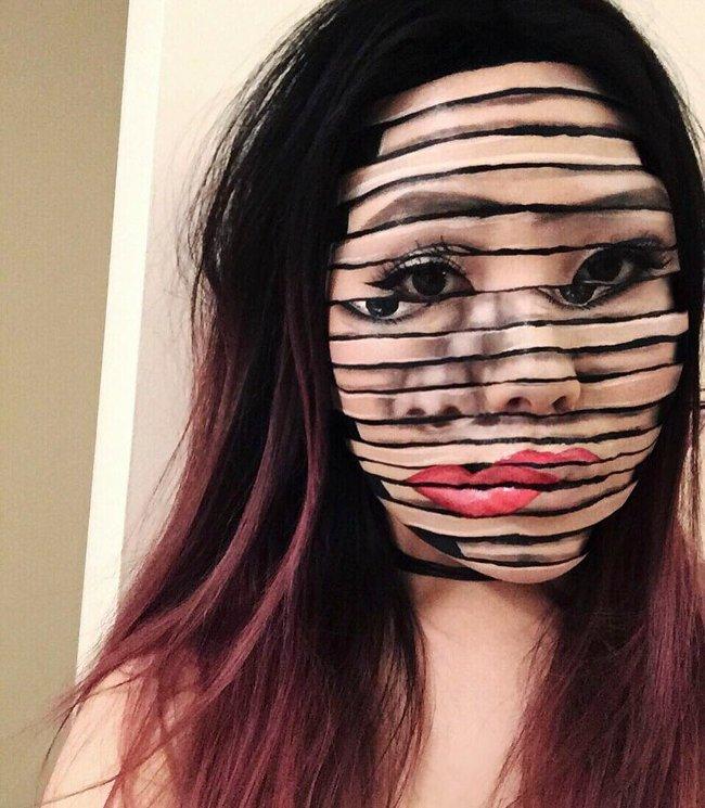 """Khuôn mặt """"cắt thành trăm mảnh"""""""