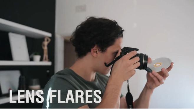 Tạo hiệu ứng 'lens flare' bằng mặt sau đĩa CD
