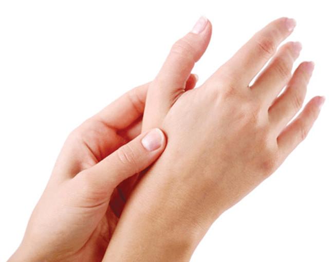 Bẻ ngón tay