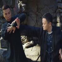 Xem video Jack Ma hạ gục 11 cao thủ võ lâm từ Vịnh Xuân Quyền của Diệp Vấn tới Muay Thái