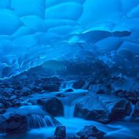 """Thế giới """"thần tiên"""" trong động băng sâu 12.000m"""