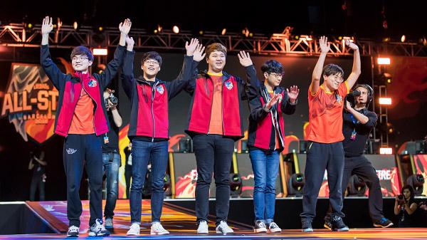 Đội tuyển tham gia Siêu Sao Đại Chiến