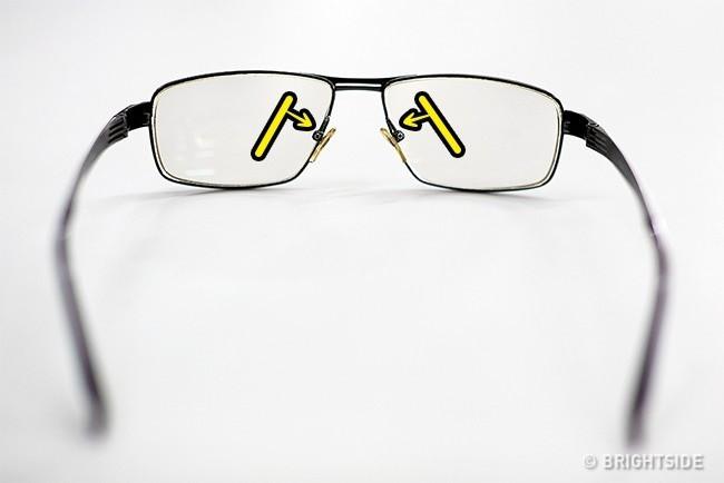 Mẹo điều chỉnh giá đỡ trên mũi kính.