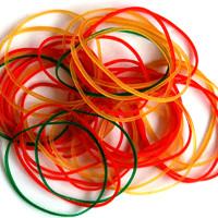 Ai mà ngờ quy trình sản xuất ra sợi dây chun quen thuộc lại phức tạp và kỳ công như vậy chứ