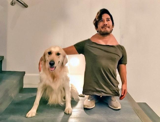 Muốn chỉnh ảnh đang ôm chú chó, mà gặp người chỉnh không có tâm, vừa lùn vừa xấu là chuyện đương nhiên.