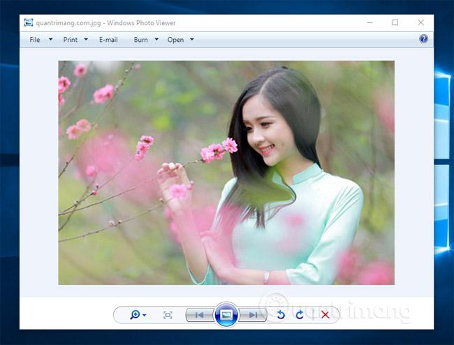 Lấy lại Windows Photo Viewer trên Windows 10 giúp xem ảnh nhanh hơn