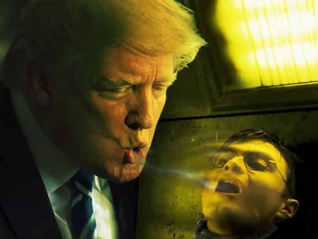 Ảnh phtotoshop tổng thống Donald Trump uống nước