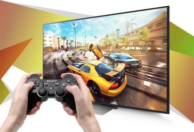 Tay cầm chơi game là phụ kiện không thể thiếu khi chơi game trên Smart tivi.