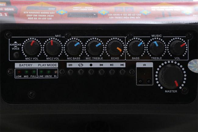 Công suất loa và chất lượng âm thanh.