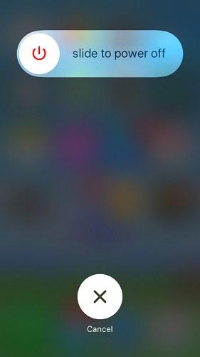 Khởi động lại iPhone để sửa lỗi Safari không hoạt động