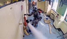 Robot chữa cháy mới được đưa vào thử nghiệm