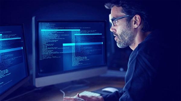"""Darkweb là """"chợ đầu mối"""" của thông tin cá nhân"""
