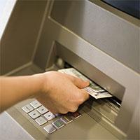 Mất thẻ ATM có bị mất tiền không, phải xử lý như thế nào?