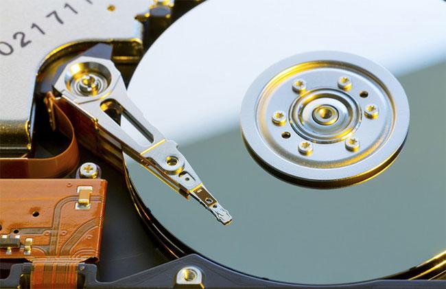 Sự phân mảnh ổ cứng giữa SSD và HDD