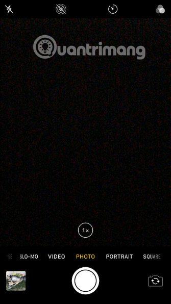 Camera iPhone xuất hiện màn hình màu đen