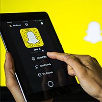 Cách tắt chia sẻ vị trí trong Snapchat trên iPhone và Android
