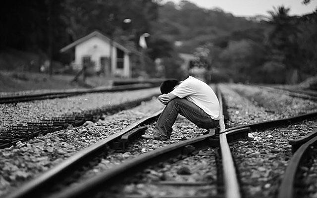 Hình nền cho người cô đơn 13