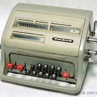 Nếu thực hiện phép chia cho 0 trên một cái máy tính cơ, chuyện gì sẽ xảy ra?