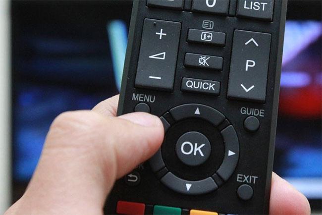 Kiểm tra thời hạn sử dụng tivi Toshiba