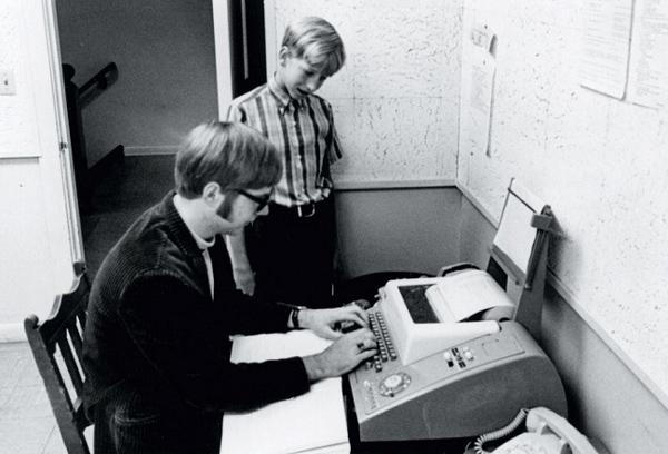 Ông và Bill Gates từng học cấp 2 cùng nhau