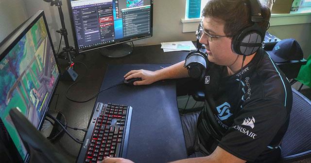 Nick Overton, tay chơi Fornite chuyên nghiệp