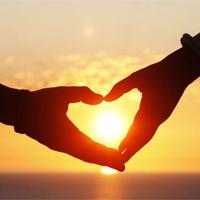 Status kỷ niệm ngày yêu siêu lãng mạn cho các cặp đôi