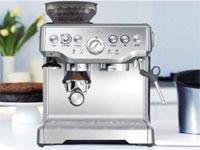 Máy pha cà phê thương hiệu nào tốt nhất giữa Saeco, Delonghi và Melitta?