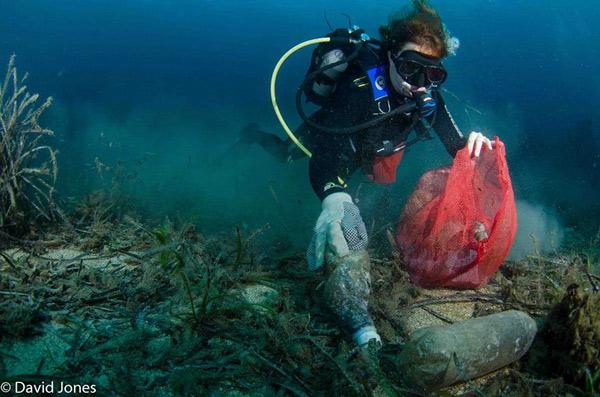 Có khoảng 8 triệu tấn rác thải nhựa thải ra đại dương mỗi năm