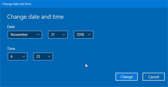 Chọn đúng ngày giờ hiện tại. Sau đó nhấp vào nút Change để tiến hành đặt ngày và giờ mới