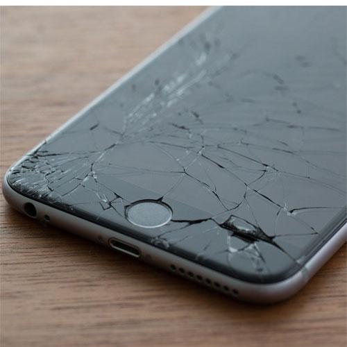 iPhone vỡ màn hình