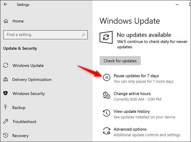 Truy cập vào Settings > Update & Security > Windows Update.