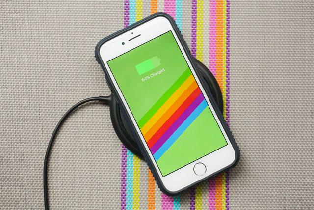Sạc không dây iPhone 8 Plus