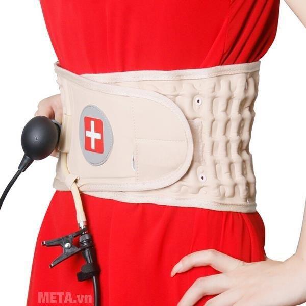 Đai hơi kéo giãn cột sống Lumbar Traction Belt CR-801 hỗ trợ điều trị thoát vị đĩa đệm bằng phương pháp bơm hơi.