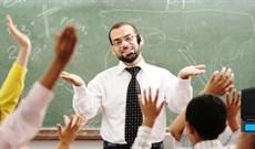 Những điều cần tránh khi chọn mua máy trợ giảng