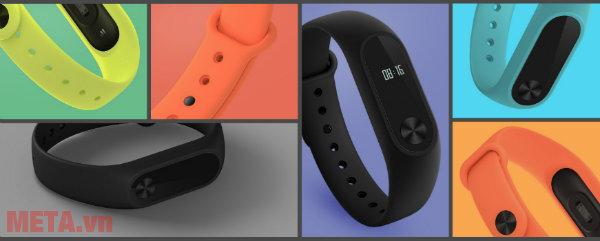 Vòng đeo tay Xiaomi Miband 2 nhiều màu sắc.