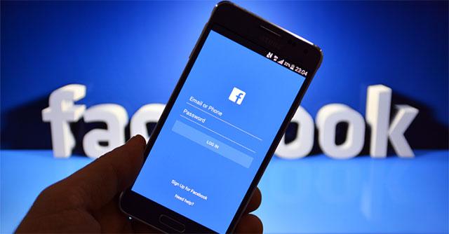 Kẻ tấn công chiếm đoạt tài khoản Facebook của nạn nhân bằng cách lừa họ nhấp vào liên kết độc hại