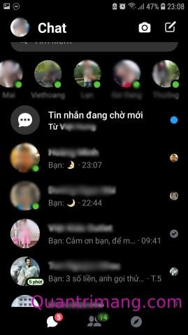 Danh sách liên lạc của Messenger khi ở chế độ tối