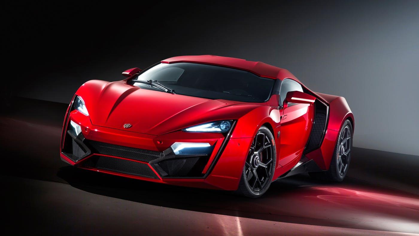 W Motors Lykhan Hypersports