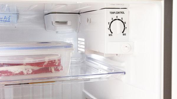 Điều chỉnh nhiệt độ phù hợp cho tủ lạnh