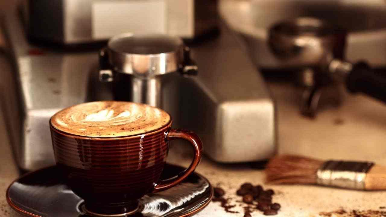 Sử dụng máy pha cafe Tiross TS621 đúng cách để có ly cà phê đúng điệu