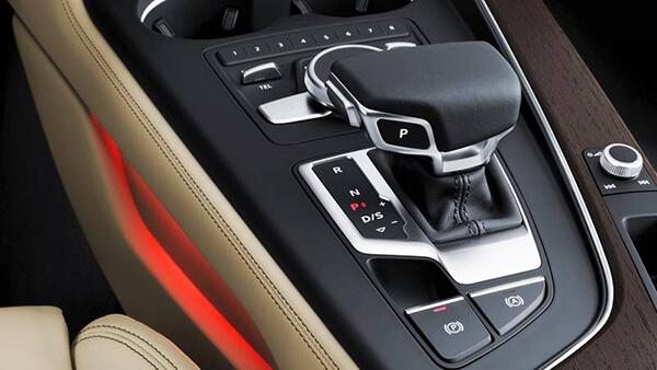 Xe Audi A4 2019 9