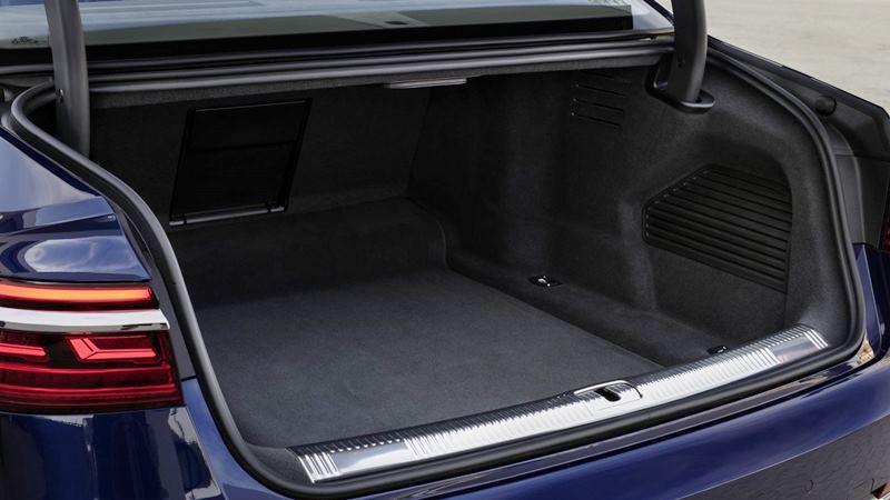 Audi A8 2019 11