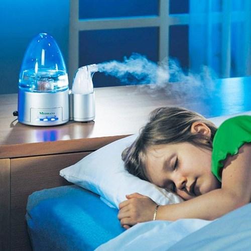 Nên dùng máy phun sương trong phòng điều hòa để cân bằng độ ẩm
