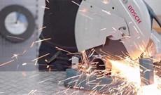 Máy cắt sắt chọn thương hiệu nào tốt giữa Bosch, Makita, Maktec và Total?