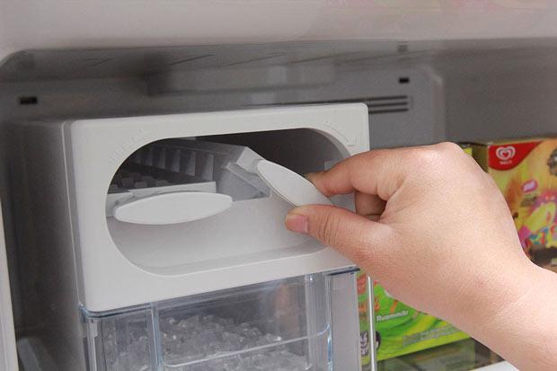 Tủ lạnh Hitachi 395 lít r-vg470pgv3 6