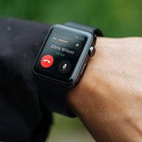 5 mẫu điện thoại kết hợp đồng hồ thông minh tốt nhất cho người dùng Apple và Android