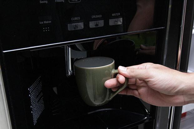 Tủ lạnh Hitachi 584 lít r-m700gpgv2 Side by side 3 cửa 10