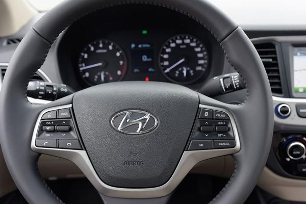 Hyundai Accent 2019 9